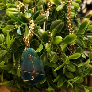 torrid Jewelry - NWT TEAL BLUE WIRE PENDANT NECKLACE